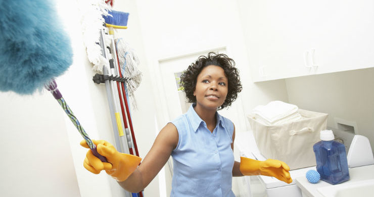 Black-woman-cleaning-the-house