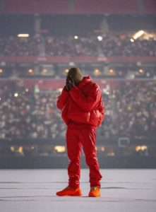 kanye red outfiot (1)
