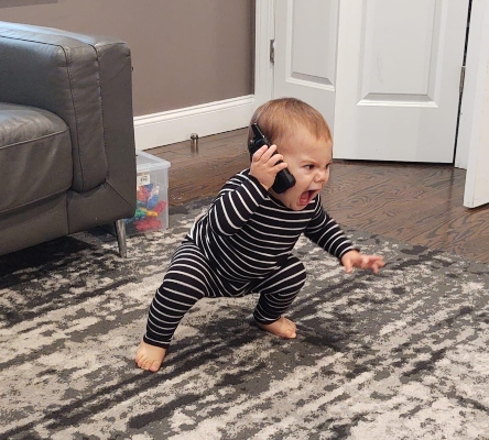 child screaming on phone (1)